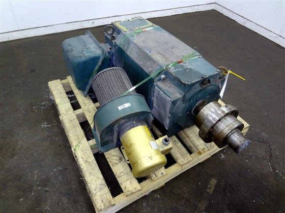 BALDOR RELIANCE AC MOTOR, 300