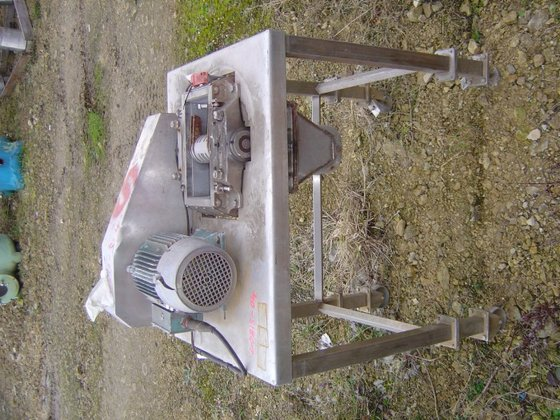 STAINLESS STEEL COMMINUTING MILL. HAS