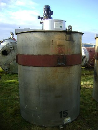 APPROXIMATELY 2,500 LITRE STAINLESS STEEL