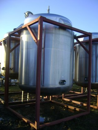 WEBSTERS APPROXIMATELY 7,410 LITRE WORKING