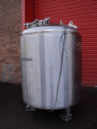 SINTON ENGINEERING APPROXIMATELY 2,000 LITRE