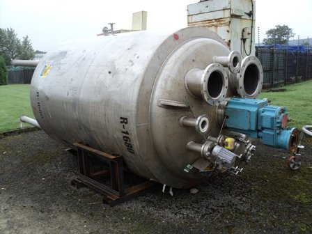 PSV APPROXIMATELY 4,000 LITRE STAINLESS