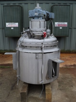 INOX INDUSTRIES APPROXIMATELY 700 LITRE