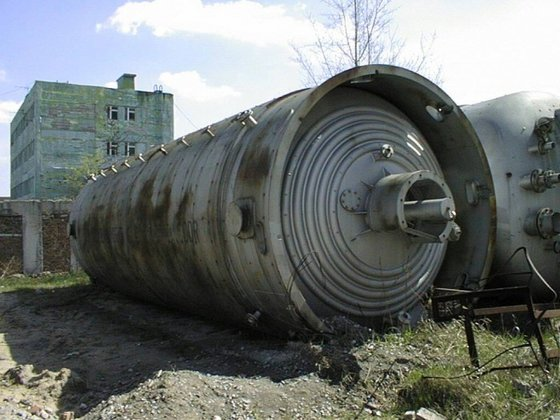 STAINLESS STEEL FERMENTER, 100 CUB.M,