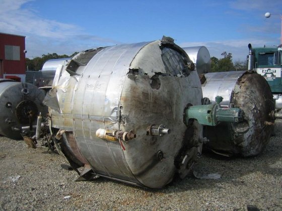 APPROXIMATELY 1,000 GALLON 316 STAINLESS