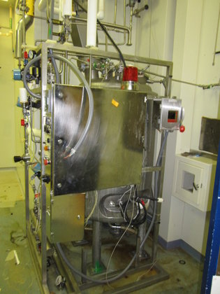 PRECISION STAINLESS APPROXIMATELY 500 LITER
