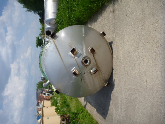 approximately 3000 litre stainless steel