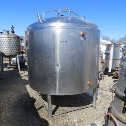 APPROXIMATELY 1,000 GALLON STAINLESS STEEL