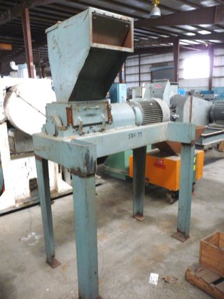 30 HP ALLSTEELE GRINDER. HAS