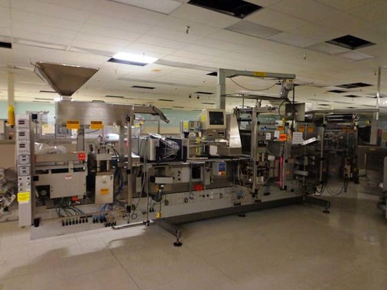 UHLMAN UPS3 THERMOFORMING BLISTER MACHINE