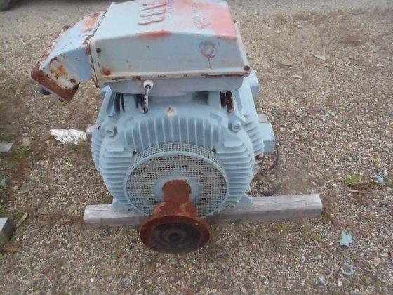 350 HP ABB MOTOR 4600