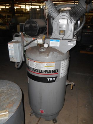 INGERSOLL-RAND T30 AIR COMPRESSOR. 5