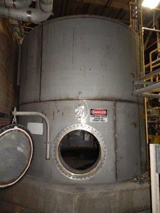 2002 APPROXIMATELY 10,000 GALLON STAINLESS