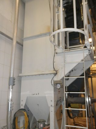 Mikropulsaire # 25S-8-20 Dust Collector,
