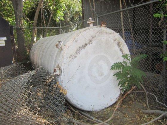Tank, 3, 000 Gallon, FRP,