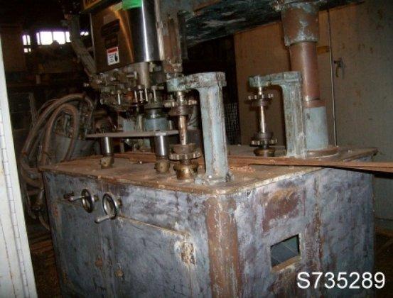Resina U30-545 high speed capper