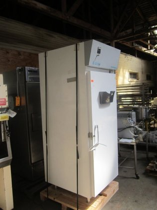 BT30F-S-2 with 27 Lab, Refrig,