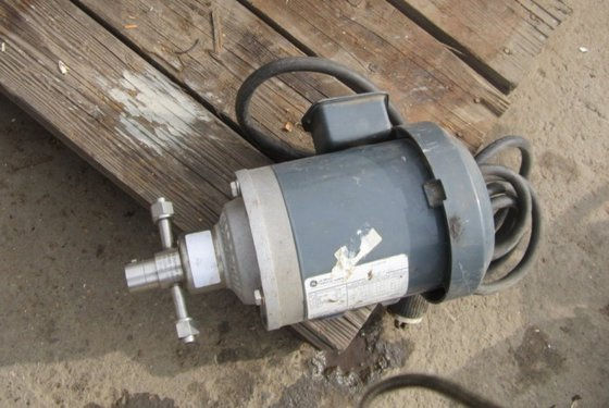 142-000-110 Pump, Gear, 1/2 HP,
