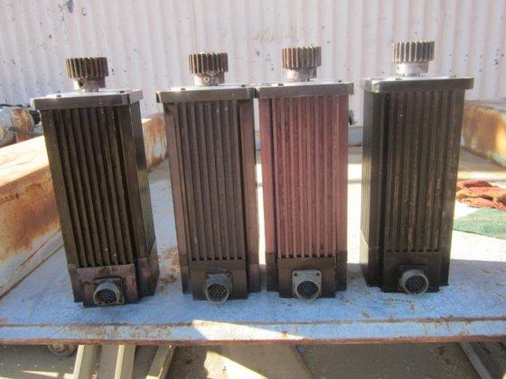 DXE480 Motor, Emerson, Servo, (4)