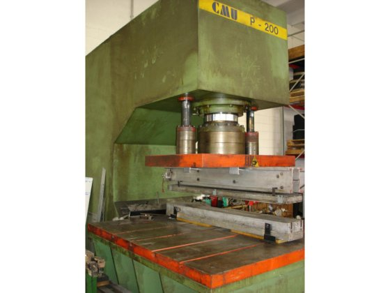 Swan neck hydraulic press Cmu 200 ton in Mogliano Veneto