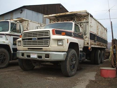 1988 Ford F9000 in Yakima,