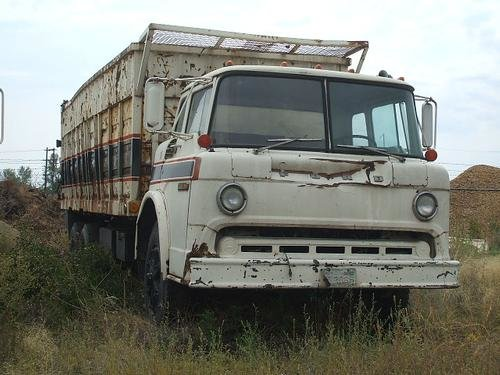 1976 FORD C8000 in Yakima,