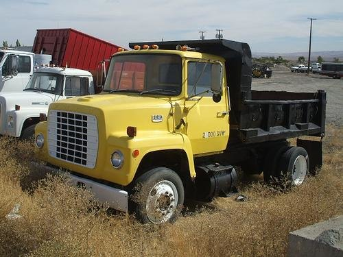 1976 FORD None 900 in