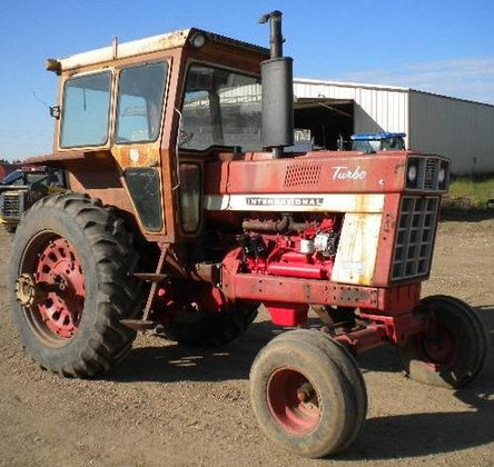 1971 INTERNATIONAL 1066 in Carroll,
