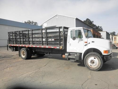 2000 INTERNATIONAL 4700 in Vallejo,