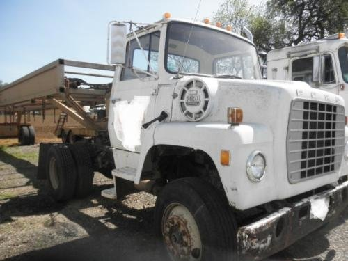 1981 FORD LN8000 in Woodland,