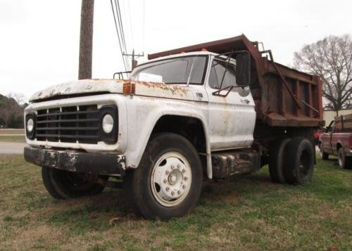 1975 FORD F700 Single Axle