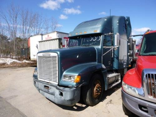 1996 FREIGHTLINER FLD12064 in Londonderry,