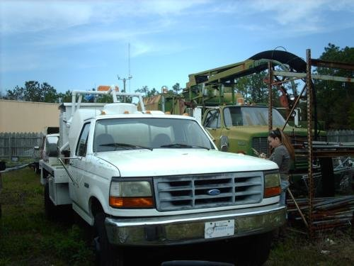 1996 FORD F-450 in Shallotte,