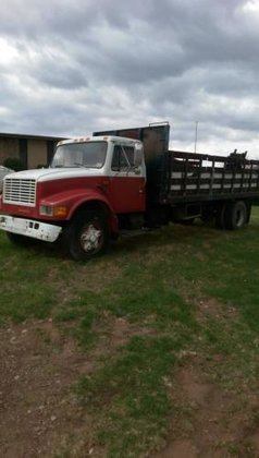 1990 INTERNATIONAL 4900 4X2 in