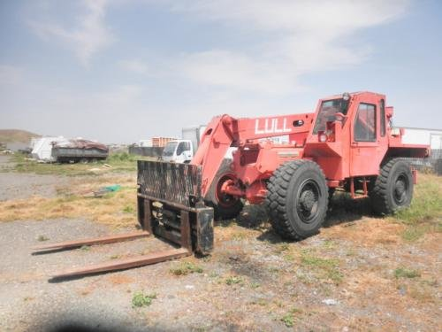 1990 LULL ML10K in California,