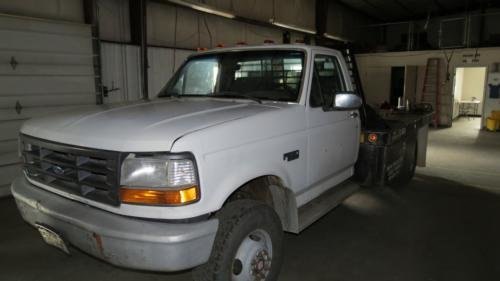1992 FORD F350 in Clifton,