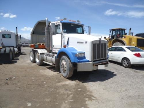 1992 KENWORTH T600 in Santa