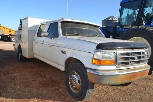 1996 FORD F350 XLT in