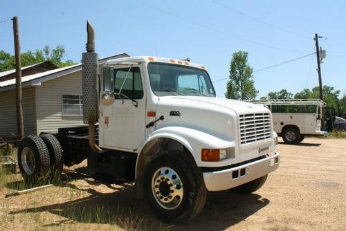 2001 INTERNATIONAL 4900 in Jackson,