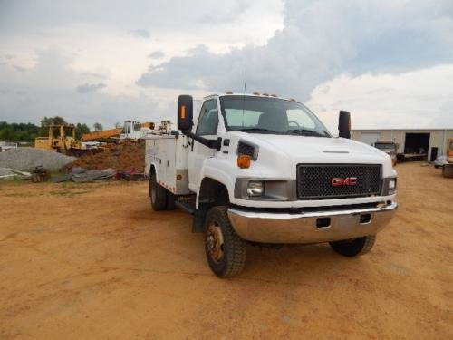 2008 GMC C5500 in Hickory,