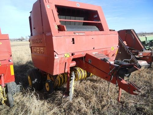 2002 NEW HOLLAND 688 BALER