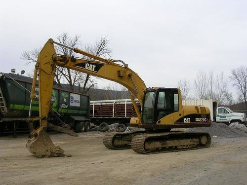 2005 CATERPILLAR 320CL in Chattanooga,