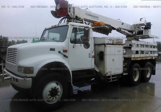2001 INTERNATIONAL 4900 in Miami,