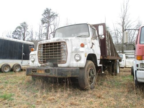 1980 FORD F800 in Anderson,