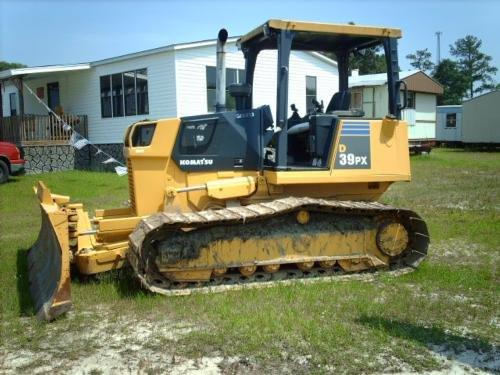 2003 KOMATSU D39PX-21 in Wilmington,