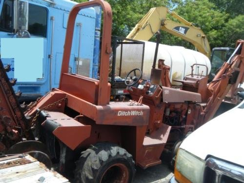 2001 DITCH WITCH 4010 in
