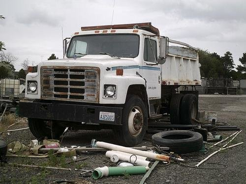 1979 INTERNATIONAL 1854 in Tri-Cities,