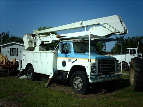 1980 INTERNATIONAL 1754 Bucket Truck