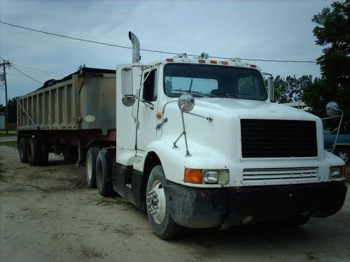 1989 INTERNATIONAL 8300 6x4 in