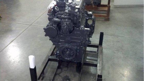 KUBOTA M105 Rebuilt Kubota Engine